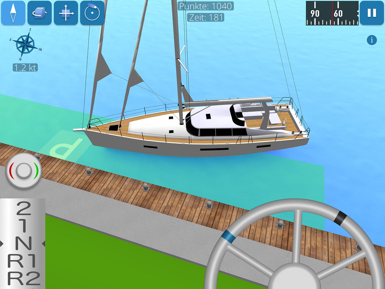 Screenshot zeigt Segelyacht beim Anlegen am Steg